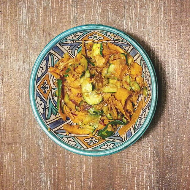 Quick and easy sweet potato and courgette veggie bowl
